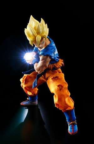 Dragon Ball Z D.O.D.O.D. Figura Super Saiyan Son Goku 05