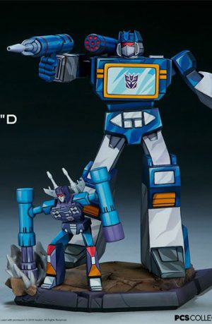 Figura Transformers Classic Scale Soundwave 24 cm
