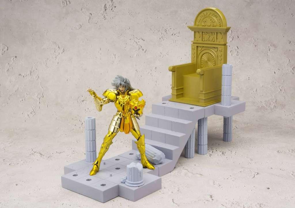 Saint Seiya Soul of Gold Figura Saga de Geminis Saga Camara del Patriarca 02