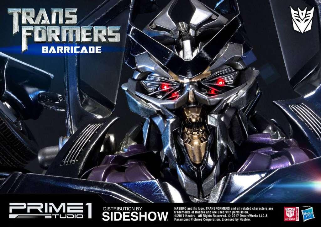 Transformers Figura Barricade 76 cm 04