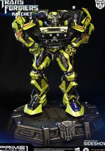 Transformers Figura Ratchet 66 cm 01